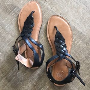 Nurture Black leather sandals